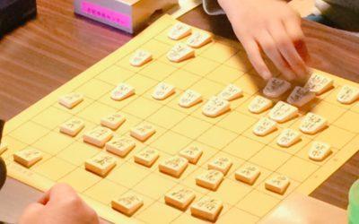 雨の中の熱戦!第3回やまんねき将棋大会