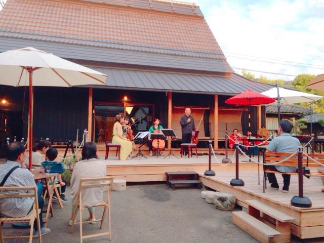 黄昏の中庭コンサート!第4回やまんねき音楽会