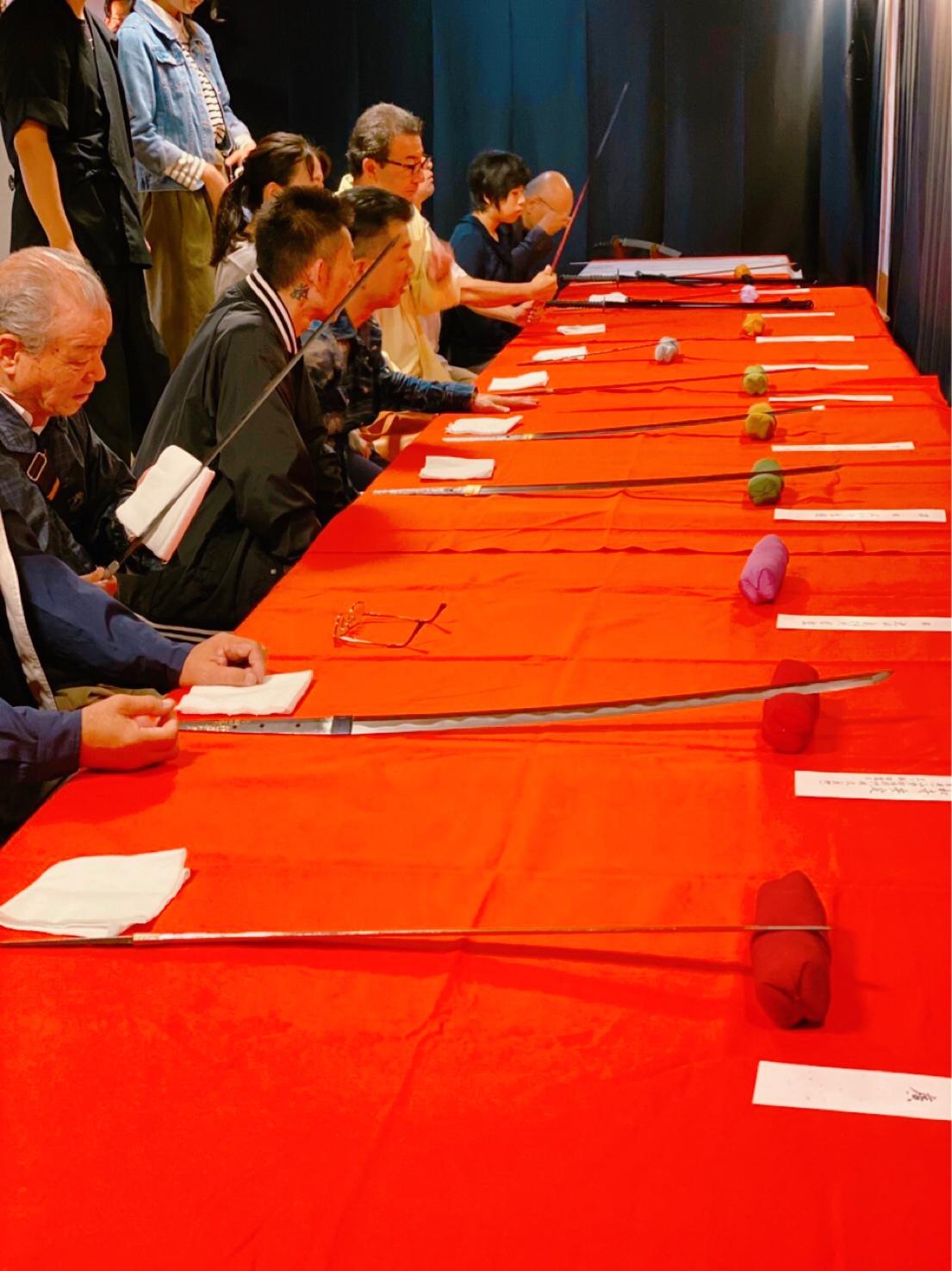 深遠なる日本刀の世界。「刀剣鑑賞会」